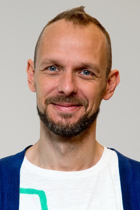 Dr. Bart Dehaes