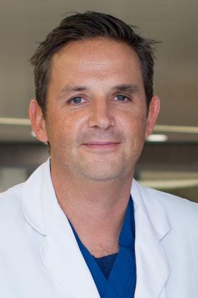 Dr. Bernard Bynens