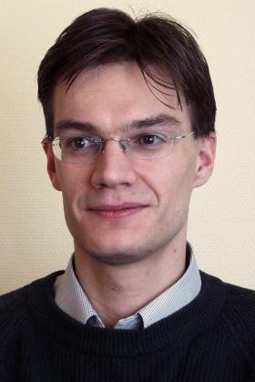Dr. Diedrik Peuskens