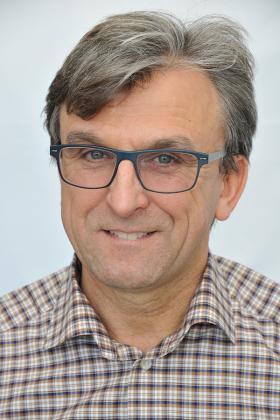 Dr. Dirk Mergeay
