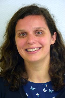 Dr. Gwendolyn de Bruyn