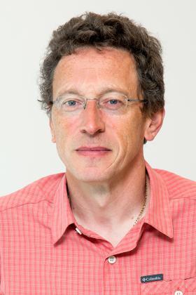 Dr. Hans Goethuys