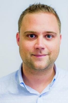 Dr. Hendrik Stragier