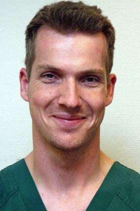 Dr. Jens Deckers