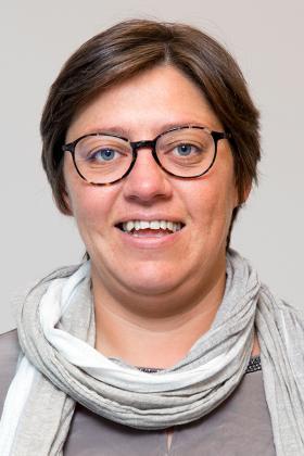 Dr. Karen Deraedt