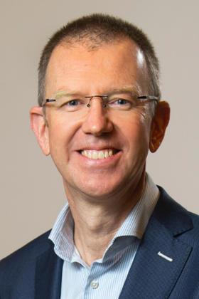 Dr. Kurt Van der Speeten