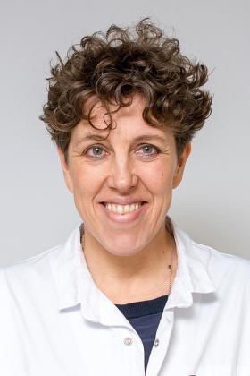 Dr. Liesbet Hendrickx