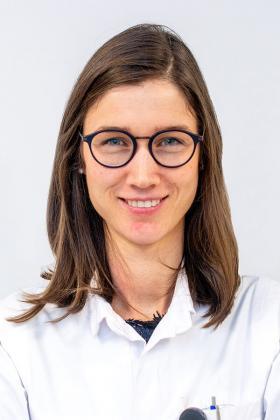 Dr. Line Heylen