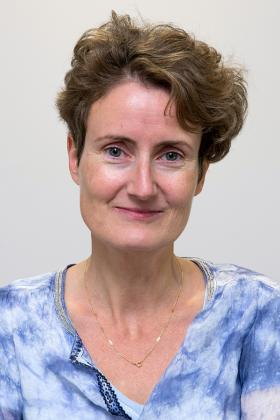 Dr. Martine Burin