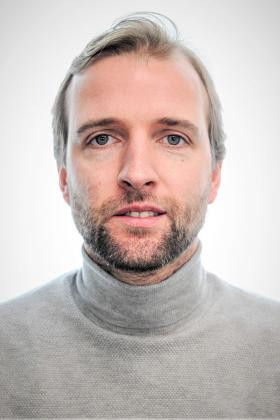Dr. Olivier Beckers
