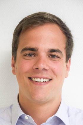 Dr. Pieter Caekebeke