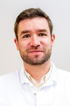 Dr. Rik Houben