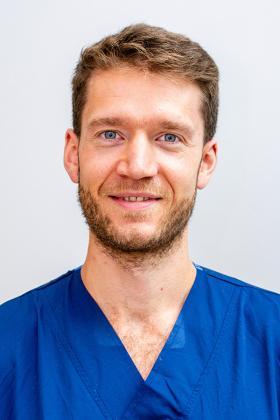 Dr. Ruben Haesendonck