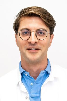 Dr. Stijn Van Hecke