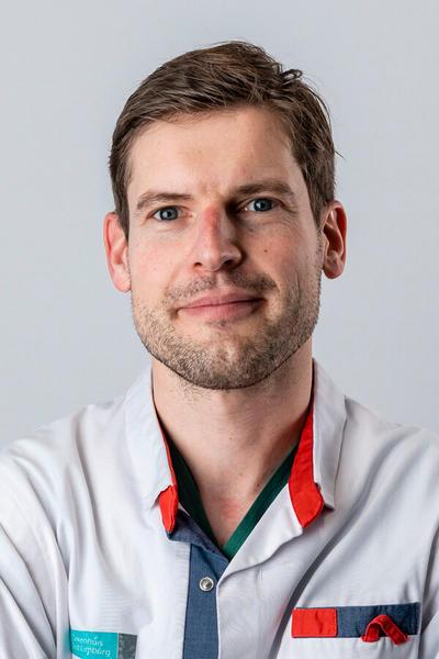 Dr. Daan Cottens