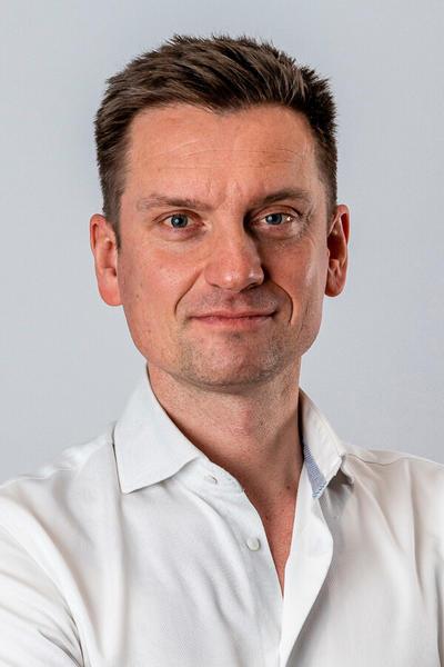 Dr. David Verhaert