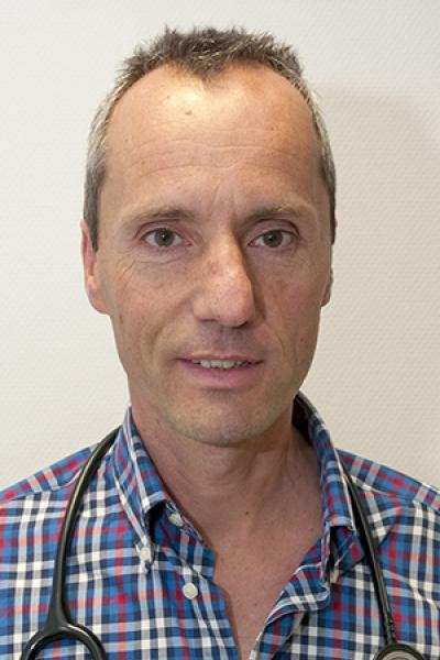 Dr. Bart Neuville