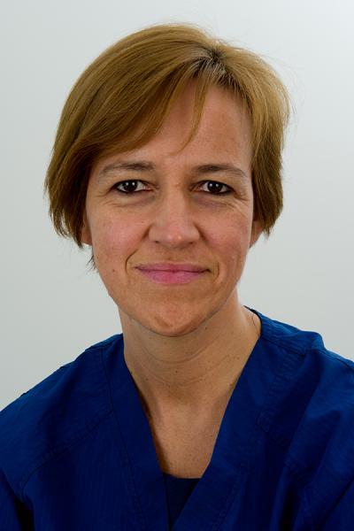 Dr. Els Bruneel