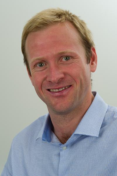 Dr. Matthias Dupont