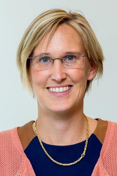 Dr. Evelyn Van de Werf