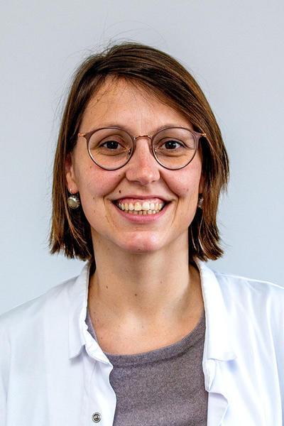 Dr. Kirsten Stinkens