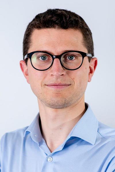 Dr. Philippe Bertrand