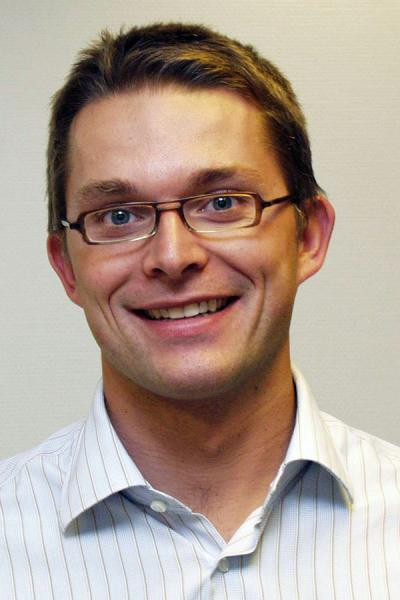 Dr. Thomas Daenekindt