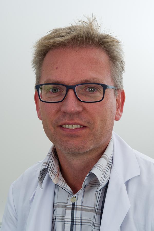Dr. Hendrik Mertens