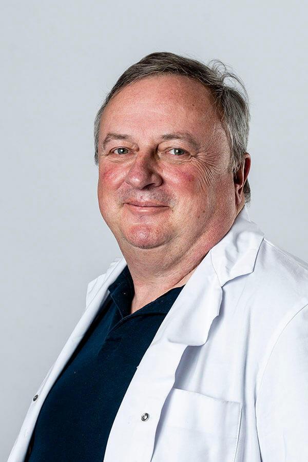 Dr. Hans Van Boven