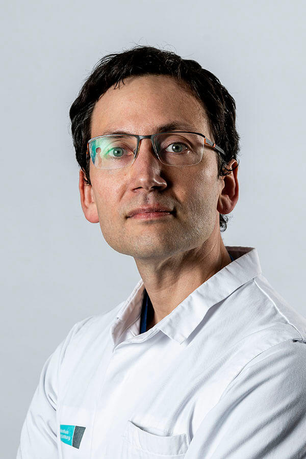 Dr. Pieter Marchal