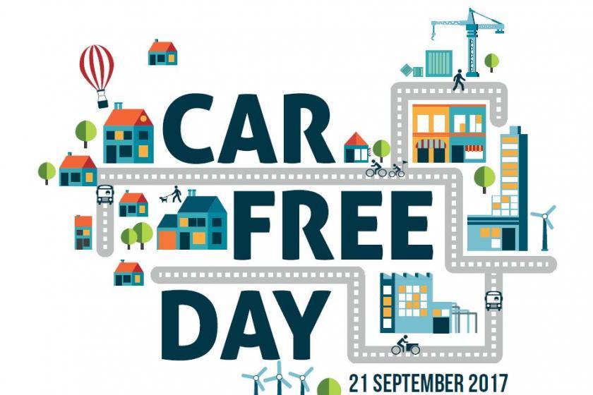 Koning auto aan de kant op 'Car Free Day'